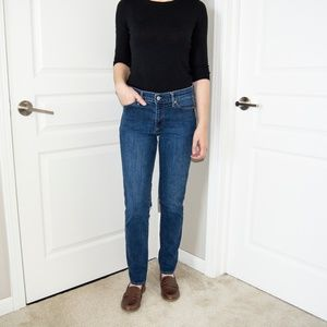Gap 1969 Mid Rise Straight Leg Jean
